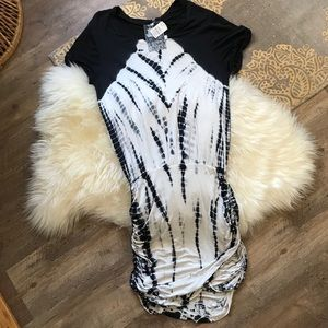 NWT Young Fabulous & Broke Short Sleeve Dress